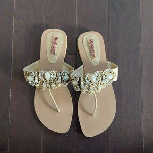 Walk Ease Sandals